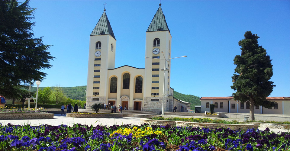 medjugorje photo video and movie medjugorje photo video movie gallery blog medjugorje messages visionaries seers auto taxi transfer from medjugorje to split spalato dubrovnik mostar sarajevo airports
